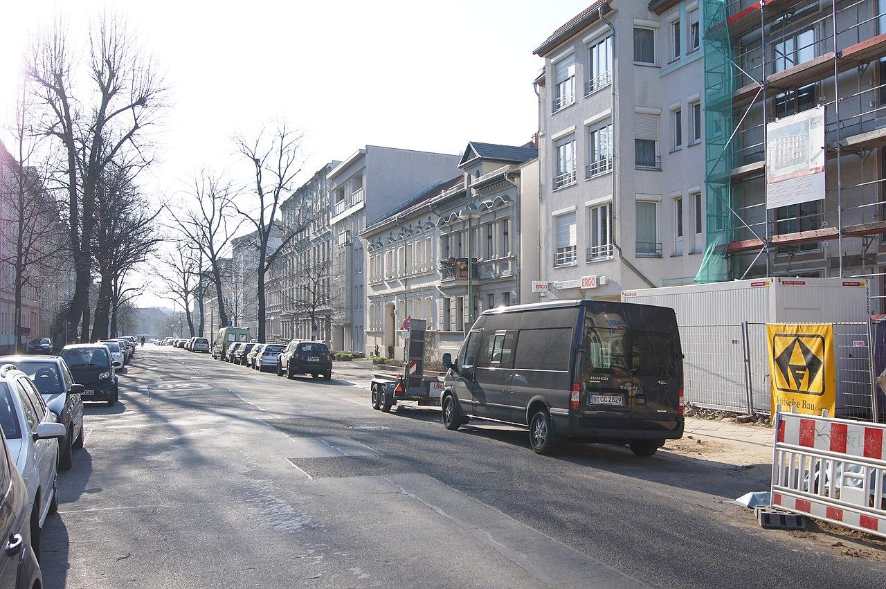 file bizetstrasse berlin weissensee 00620 jpg wikimedia commons. Black Bedroom Furniture Sets. Home Design Ideas