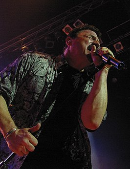 Bobby Kimball, singing.jpg