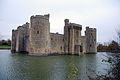 Bodiam Castle (2043590680).jpg