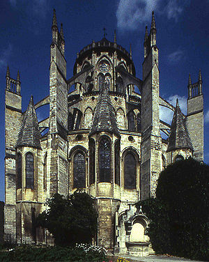 Architectural development of the eastern end of cathedrals in England and France - Bourges Cathedral