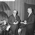 Bouwmeesterprijs 1964 te Sittard uitgereikt aan toneelspelers, burgemeester Dass, Bestanddeelnr 916-5005.jpg