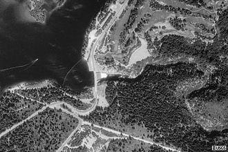 Box Canyon Dam (California) - Image: Box Canyon Dam satellite view
