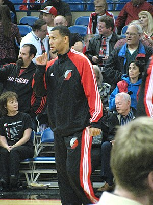 Brandon Roy - Brandon Roy warming up before a game