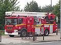 Bras Élévateur Articulé BEA 8 des pompiers de Paris sur châssis Scania.jpg