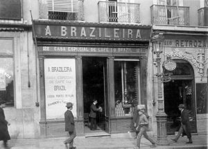 Bica (coffee) - A Brasileira in 1911, before its 1920s Art Deco renovation.