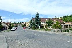 Brno-Obřany - Fryčajova street from Obřanský bridge.jpg