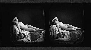 Bruno Braquehais - Stereoscopic plate of a reclining female nude, taken by Braquehais ca. 1856