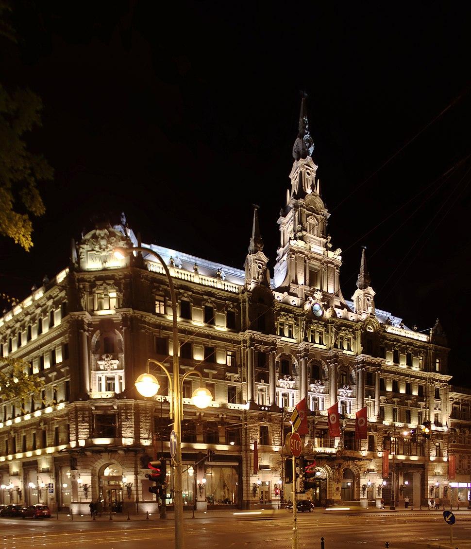 Budapešť, hotel Boscolo v noci II