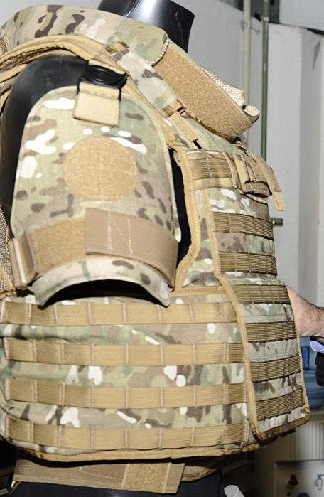 Bulletproof vests (6790570723) (cropped)