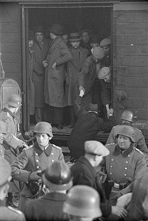 René Bousquet et des Officiers allemands à Marseille le 23.01.43 WW2