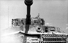 Syark Collection War Model - Page 24 220px-Bundesarchiv_Bild_101I-299-1805-10%2C_Nordfrankreich%2C_Panzer_VI_%28Tiger_I%29
