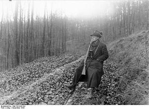 Walter von Keudell - Image: Bundesarchiv Bild 102 04216A, Walter von Keudell auf der Jagd