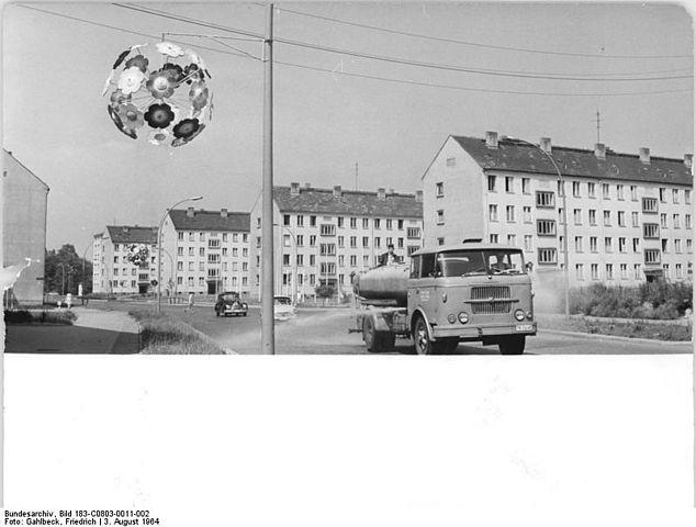 file bundesarchiv bild 183 c0803 0011 002 chemnitz gustav freytag stra e neubauviertel. Black Bedroom Furniture Sets. Home Design Ideas
