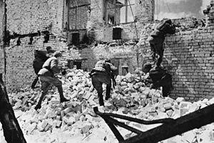 Bundesarchiv Bild 183-R74190, Russland, Kesselschlacht Stalingrad.jpg