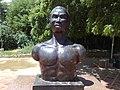 Busto de José Leonardo Chirino, Caujarao.JPG