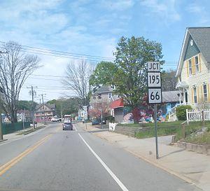 Connecticut Route 14 - Image: CT 14 near it's end