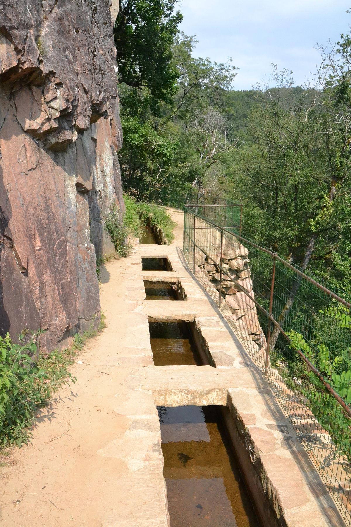 Canal des moines Aubazine