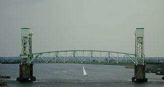 Cape Fear Memorial Bridge - Image: Cape Fear Memorial Bridge 2