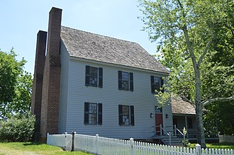 Carter's Tavern - Front and eastern side