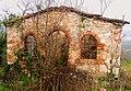 Casa in rovina - Monte Bisson - Soave - panoramio.jpg