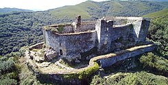 Castillo de Sarracin 01 by-DPC.jpg
