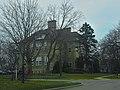 Caswell School Apartments - panoramio.jpg