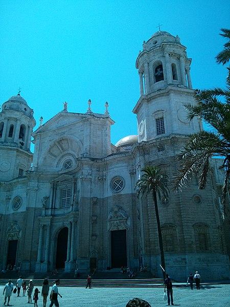 File:Catedral de Cádiz 2.jpg