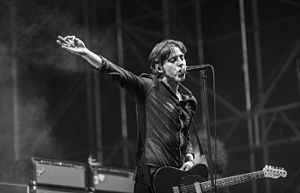 Catfish and the Bottlemen - Van McCann at the Festival Internacional de Benicàssim 2016