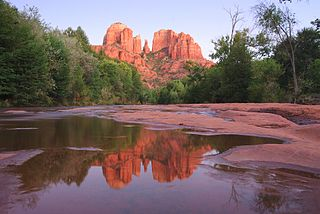 Cathedral Rock in September 2009, from Red Rock Crossing
