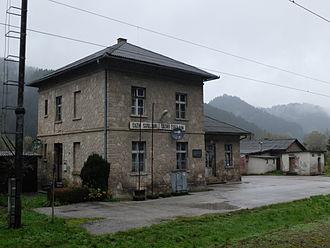 Cazin - Image: Cazin (Željeznički kolodvor)