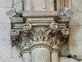 Château-l'Evêque église chapiteau nef (4).JPG