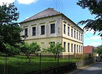Chýstovice - Image: Chýstovice, municipal office