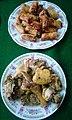 Chả giò rán (đa nem) và gà kho trong mêm cúng Tất niên nhà mệ vào Tết Đinh Dậu 2017 tại P1 Đông Hà.jpg