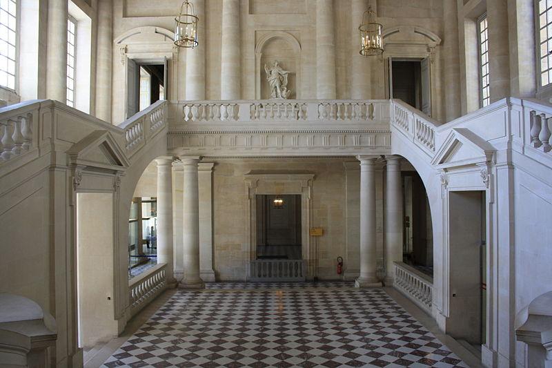 File:Chateau de Versailles Escalier Gabriel 2011 4.jpg