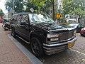 Chevrolet Suburban (44965393112).jpg