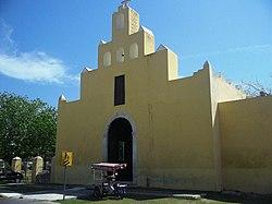 Chicxulub Pueblo, Yucatán (03).JPG