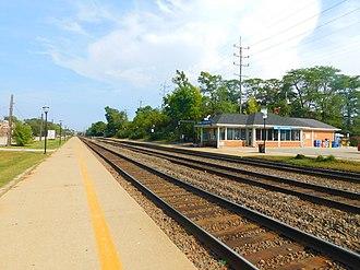 Clarendon Hills station - Image: Clarendon Hills Station