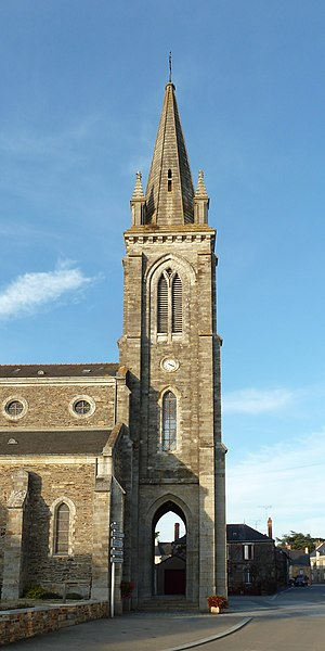 English:  Bell tower of Saint-Andrew church of Renac, Bretagne, France.