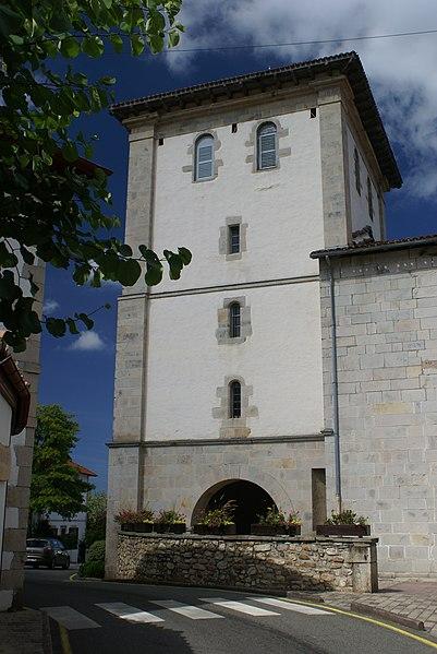 Narbonne Version 3 1: File:Clocher De L'église D'Ascain.jpg