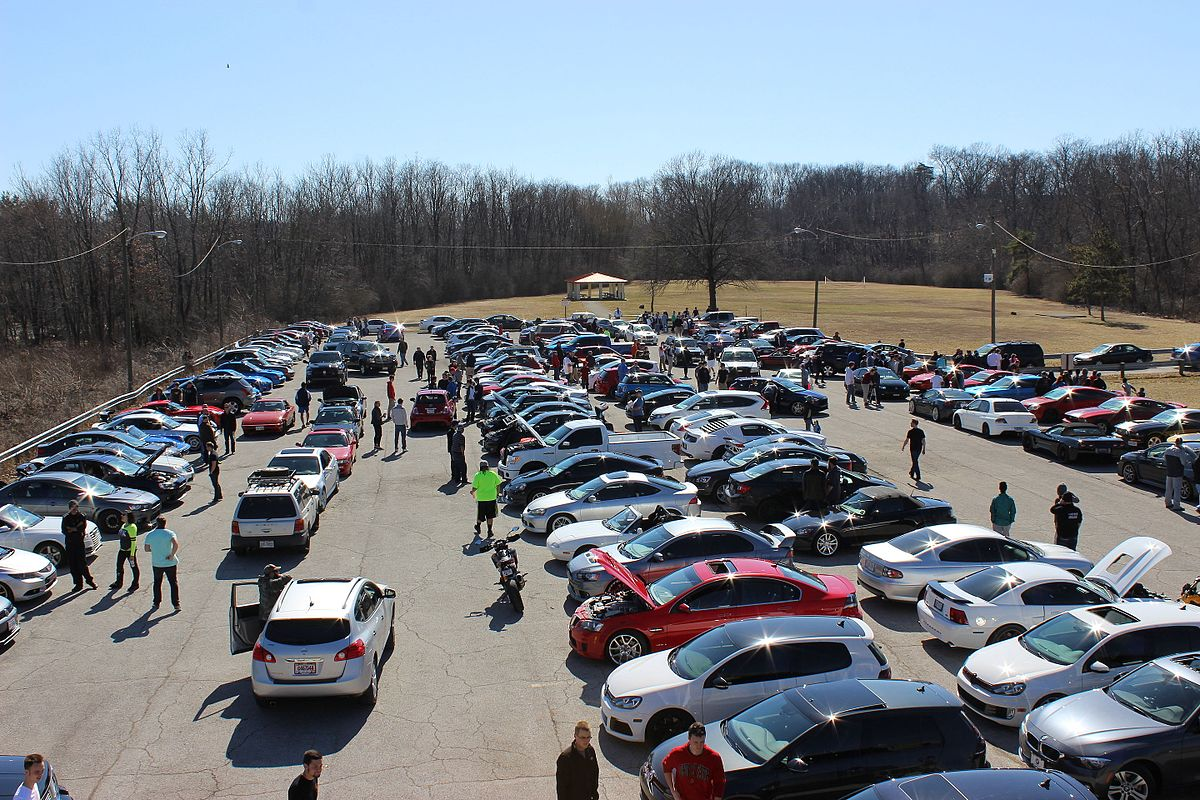 1200px Columbus Cars at the Dam meetup Buying A Leisure Travel House