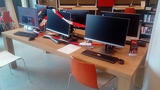 Computers taped off to enforce social distancing, Winschoten (2020) 02.jpg