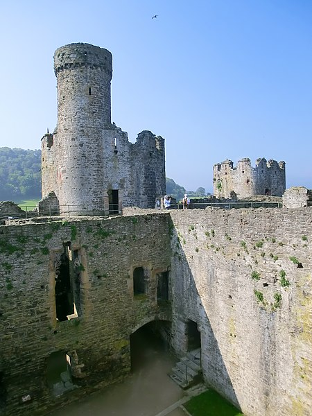 File:Conwy Castle - panoramio (6).jpg