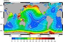 Las mareas producidas por la luna y el sol  220px-Cotidal-lines-tide-height