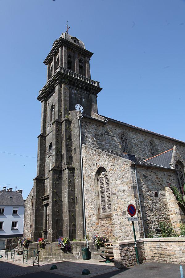 Crozon Église St-Pierre clocher 1.JPG
