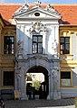 Dürnstein - Augustinerchorherrenstift, Portal.JPG