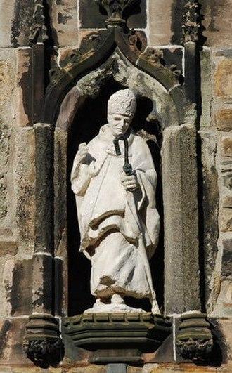 Deiniol - Statue of Deiniol at Bangor Cathedral