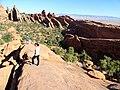 Devils Garden Trail, Arches (29011443123).jpg