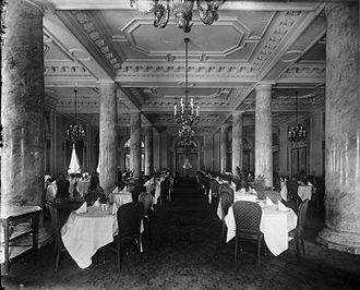 Windsor Hotel (Montreal) - The grand dining room in 1916