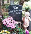 Dresden Äußerer Plauenscher Friedhof Grab Wiegmann.JPG