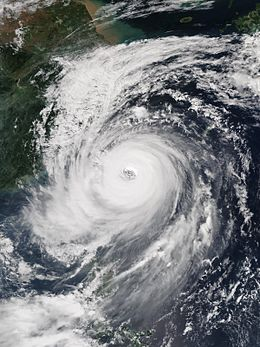 Typhoon Dujuan (2015) - Wikipedia